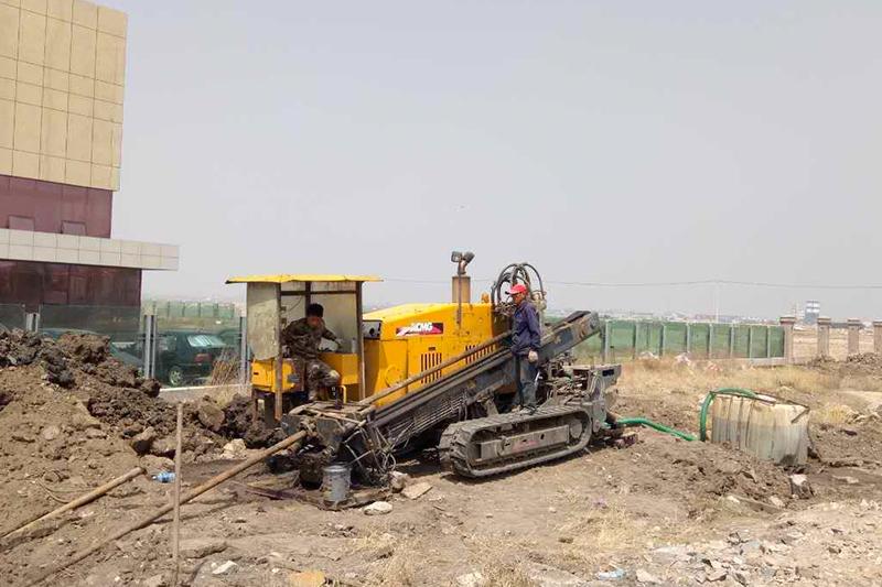 32吨钻机营口忠旺电力24孔施工