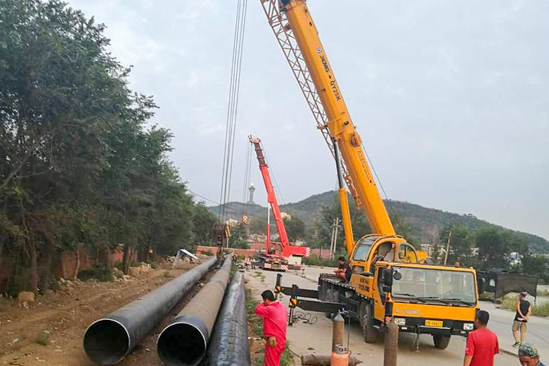 大石桥920钢管穿越焊接中