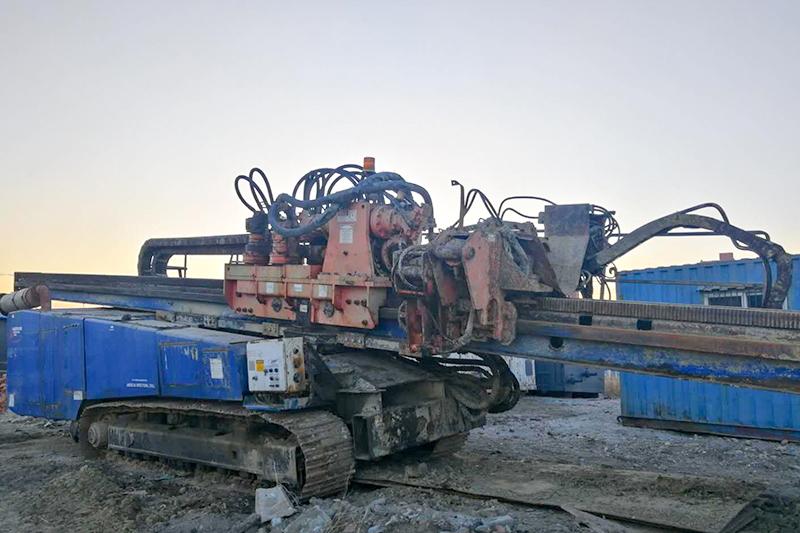美国奥格200吨钻机